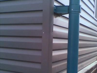 Пример металлосайдинга на фасаде дома