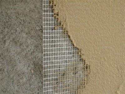 Пример фасадной сетки на стене дома