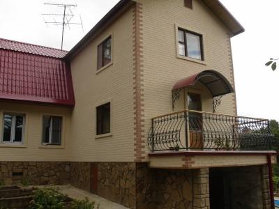 Красивая отделка дома фасадными теплопанелями