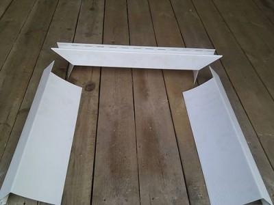 Планки сайдинга для отделки окон дома