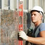 Работа с гранитом - дорогостоящая и доверять ее надо специалистам