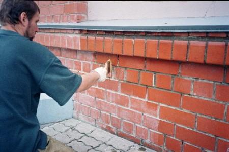 Подготовка стены перед оштукатуриванием