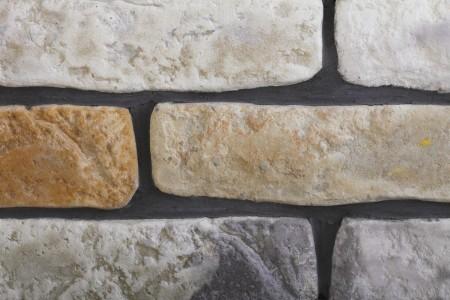 Плитка - известняк. расшивка швов - цементным раствором