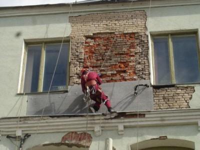 Капитальный ремонт фасада с восстановлением стены