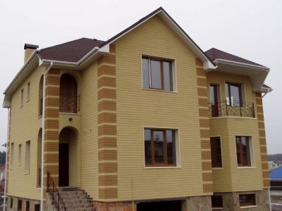 Навесные фасады на частном доме