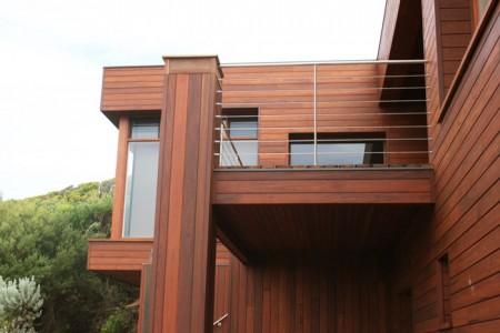 Частный дом с отделкой панелями hpl