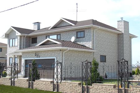 Пример красивой отделки фасада частного дома