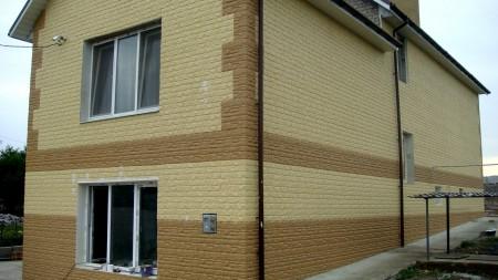 Дом, облицованный плитами полифасад