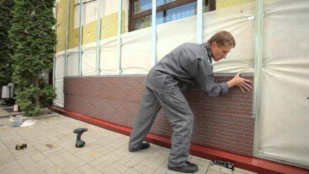 Установка фасадных панелей