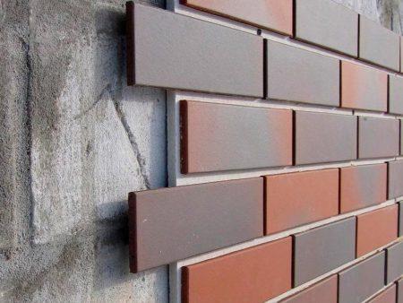 Пример отделки дома стеновыми панелями