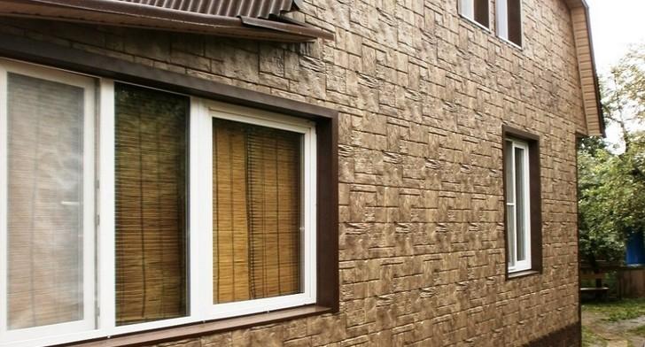 Пример отделки стен фасадными панелями
