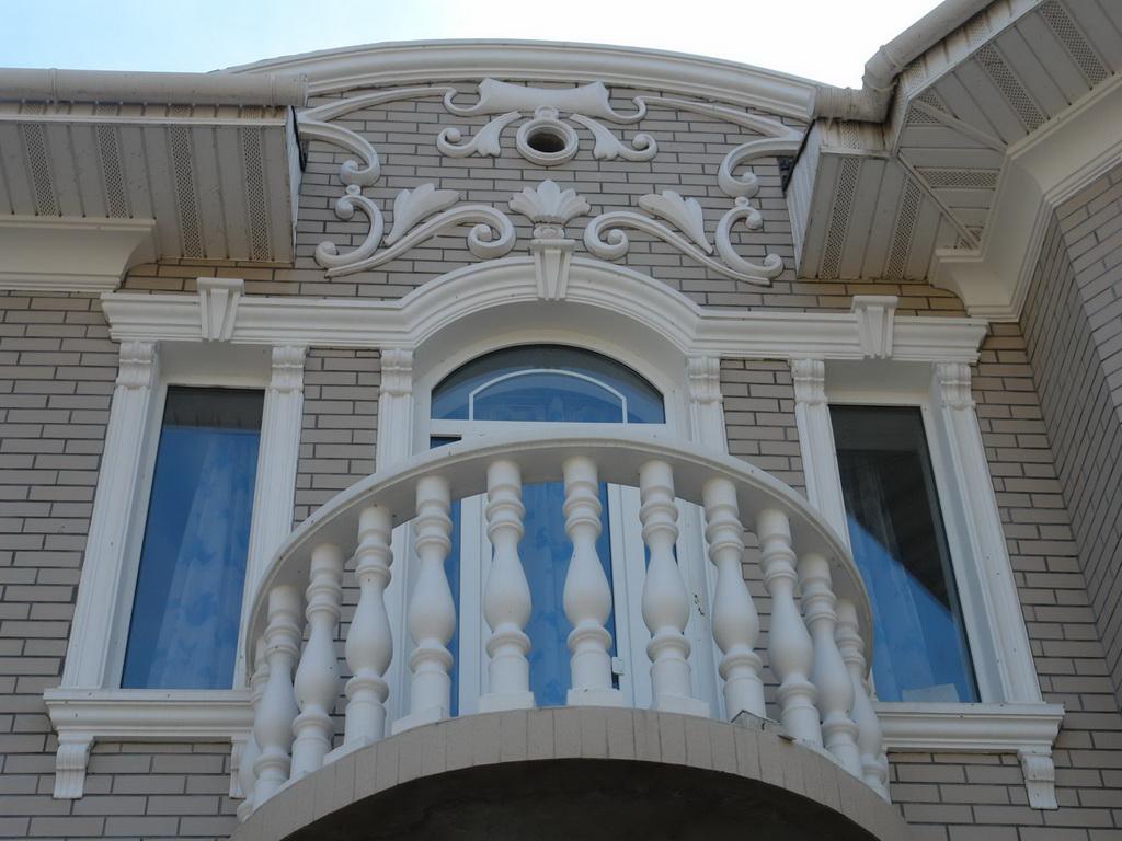 Лепной декор для фасада дома