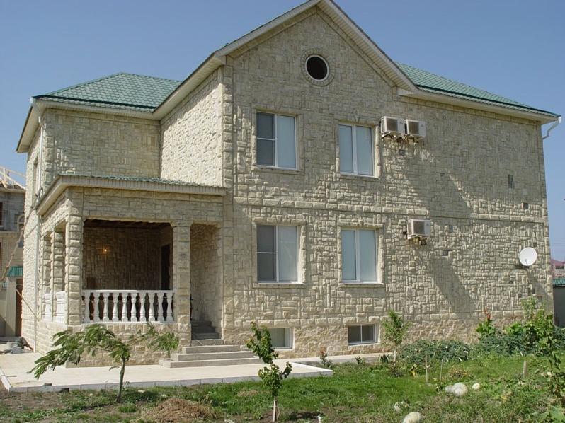 Виды и преимущества фасадов из натурального камня