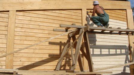 Окрашивание деревянных фасадов