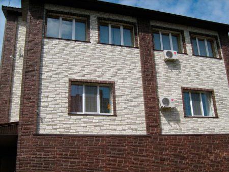 Отделка дома современными фасадными панелями