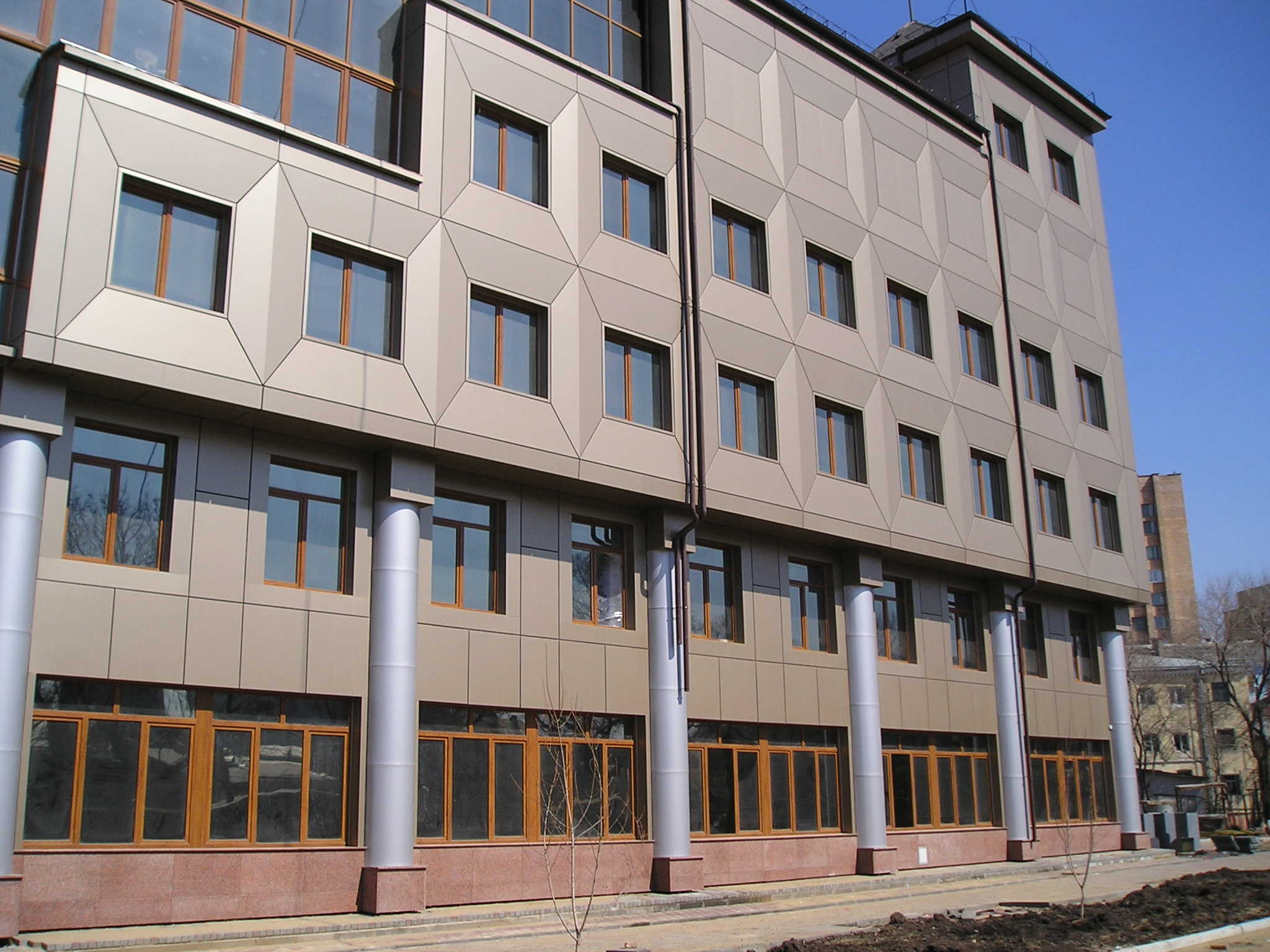 Металлические панели для фасада